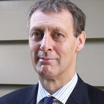 portrait photo of Richard Hall