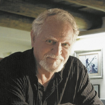 portrait photo of Clive Cussler
