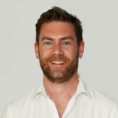 portrait photo of Richard Porter