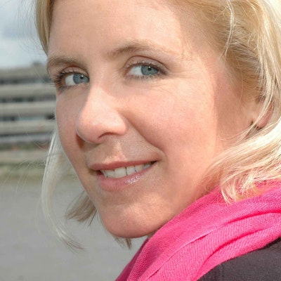 portrait photo of Lucy Hawking