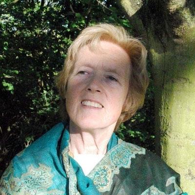 portrait photo of Elizabeth Bryan