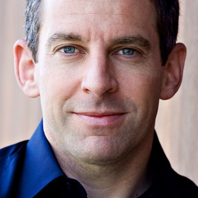 portrait photo of Sam Harris
