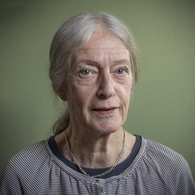 portrait photo of Gillian Tindall