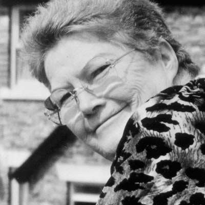 portrait photo of Colleen McCullough