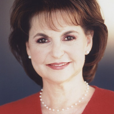portrait photo of Susan Jeffers
