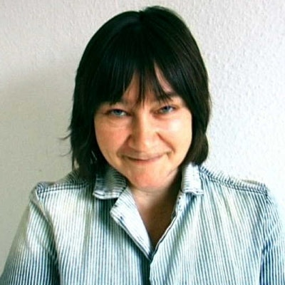 portrait photo of Ali Smith