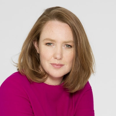 portrait photo of Paula Hawkins