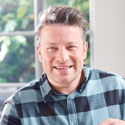 portrait photo of Jamie Oliver