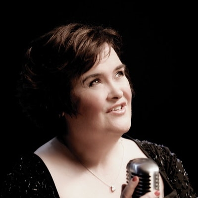 portrait photo of Susan Boyle