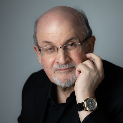 portrait photo of Salman Rushdie