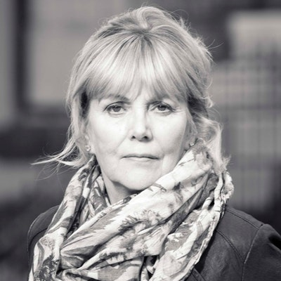 portrait photo of Kate Atkinson
