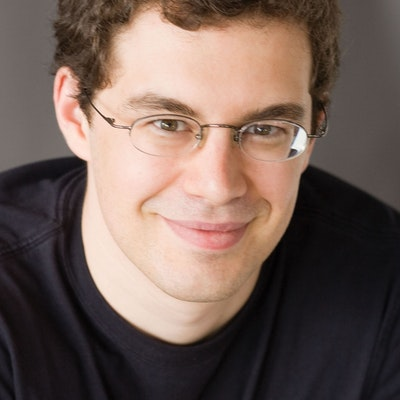 portrait photo of Christopher Paolini