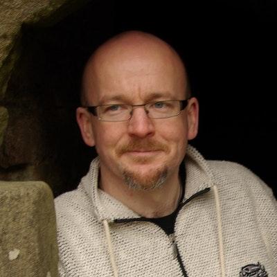 portrait photo of Tim Lebbon