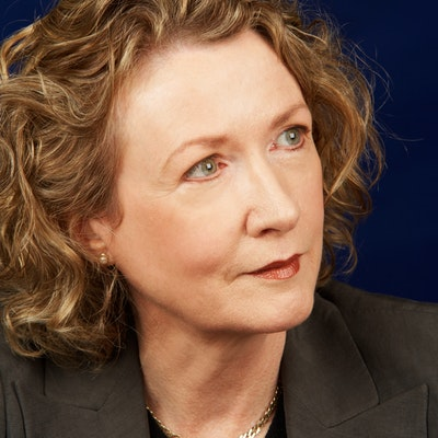 portrait photo of Alison Booth
