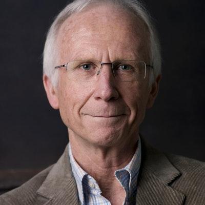 portrait photo of Julian Short