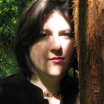 portrait photo of Amber Kizer