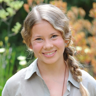 portrait photo of Bindi Irwin