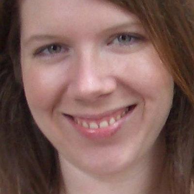 portrait photo of Rhiannon Hart