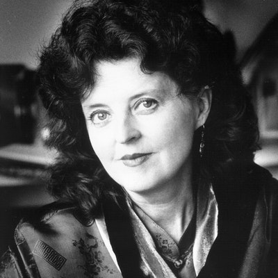 portrait photo of Janine Burke