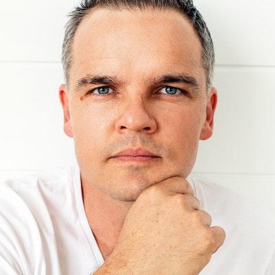 portrait photo of Tristan Bancks