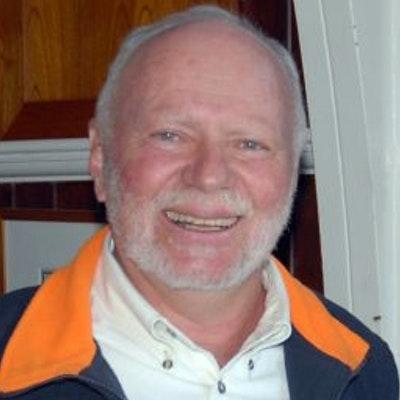 portrait photo of David Salter