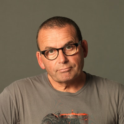 portrait photo of Paul Henry