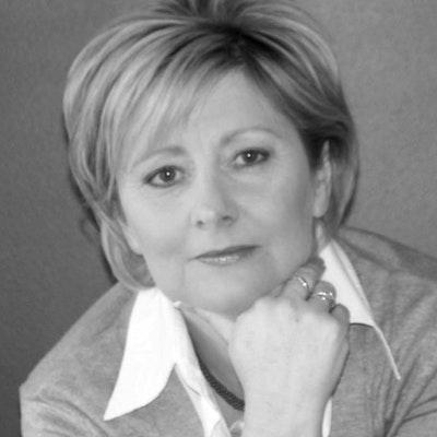 portrait photo of Debi Marshall