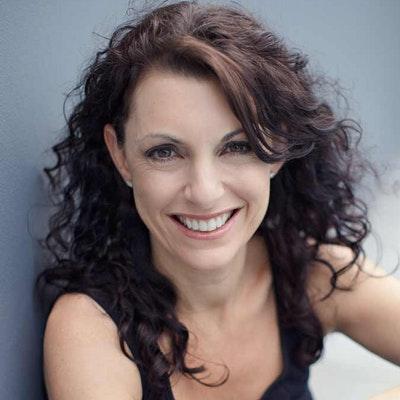 portrait photo of Kerri Sackville