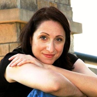portrait photo of Taylor Stevens