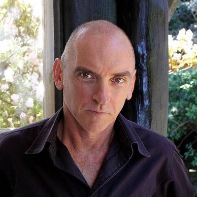 portrait photo of Jeff Apter