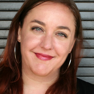 portrait photo of Rachael Herron
