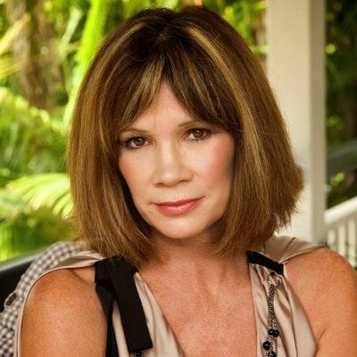 portrait photo of Tracey Wickham