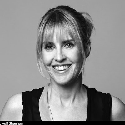 portrait photo of Caro Llewellyn