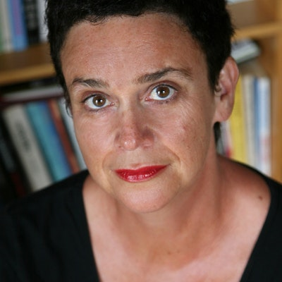 portrait photo of Sue Orr