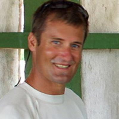 portrait photo of Mark Orams