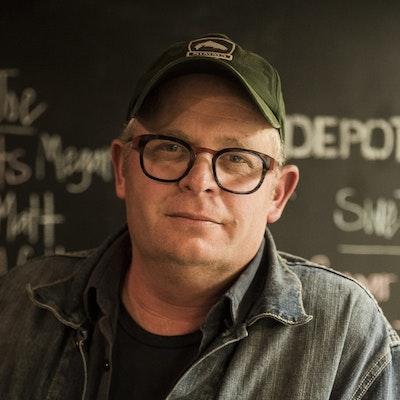 portrait photo of Al Brown