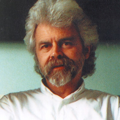 portrait photo of Richard Wolfe