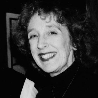 portrait photo of Elaine Lewis