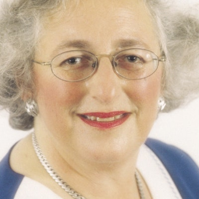 portrait photo of Diane Levy