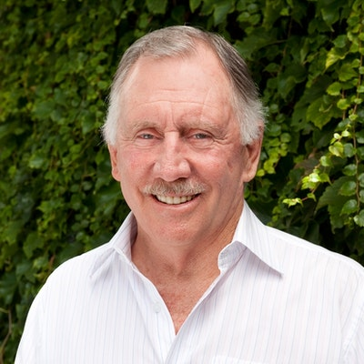 portrait photo of Ian Chappell