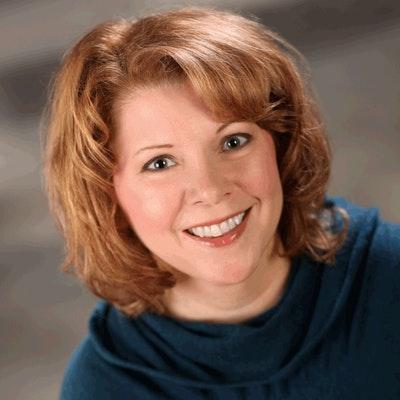 portrait photo of Melanie Benjamin