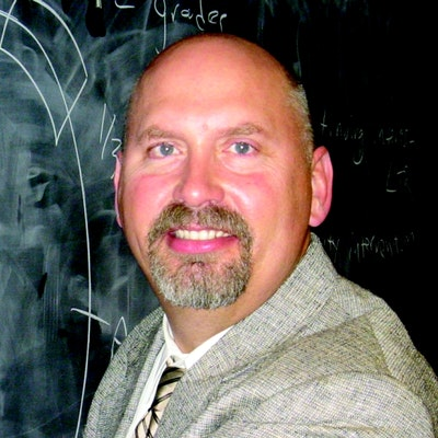 portrait photo of Donald Asher