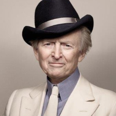 portrait photo of Tom Wolfe