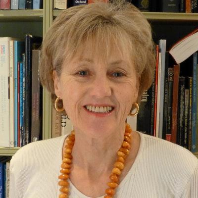 portrait photo of Harriet Tuckey