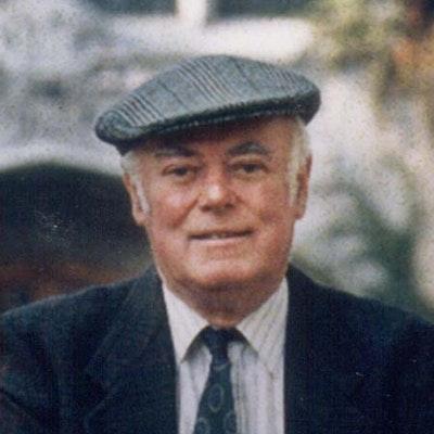 portrait photo of Alistair MacLeod