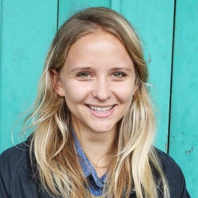 portrait photo of Isabel Greenberg