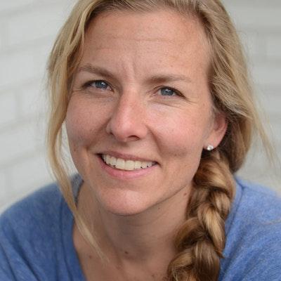 portrait photo of Claire Cameron