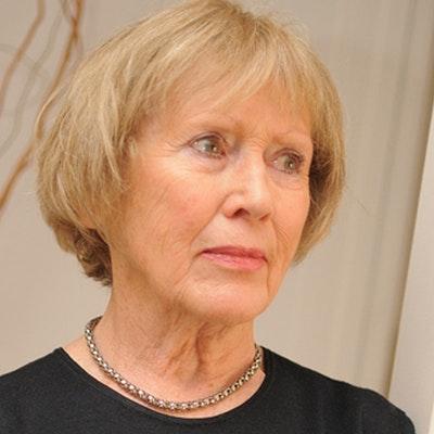 portrait photo of Nola Duncan