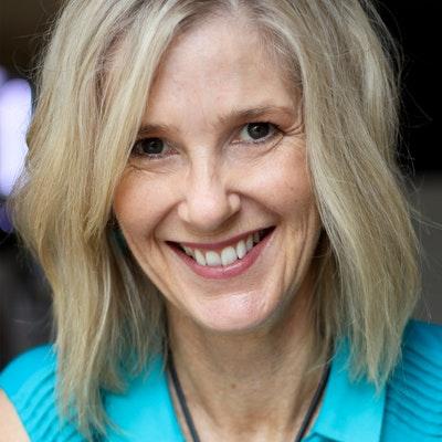 portrait photo of Janette Paul