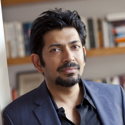 portrait photo of Siddhartha Mukherjee